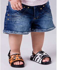 Mini Melissa Beach Slide Sandal Zoo Outfit